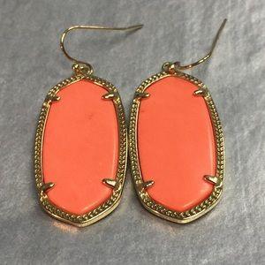 Kendra Scott Jewelry - Kendra Scott Coral Elle Earrings